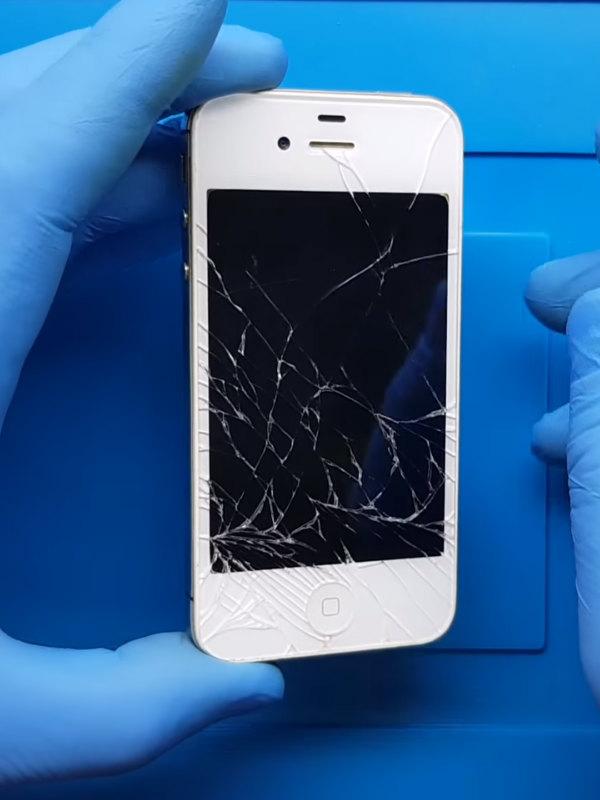 iPhone 4s ekran değişimi nasıl yapılır