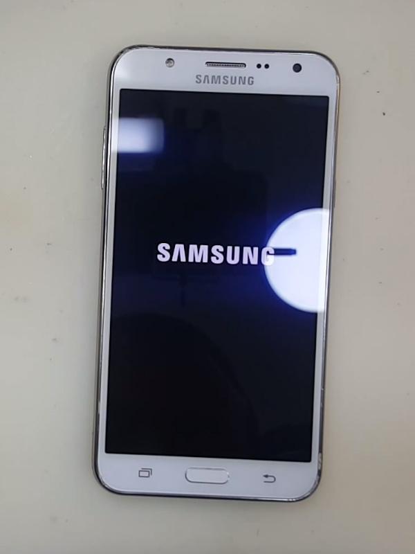 Samsung Galaxy J7 Cam Değişimi