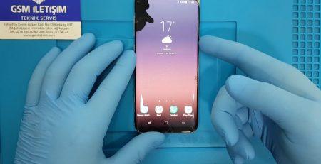 Telefon Ekranında Mürekkep Akması