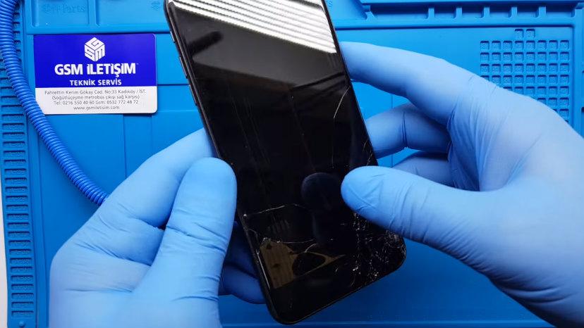 iphone kırık ekran mor lekeli