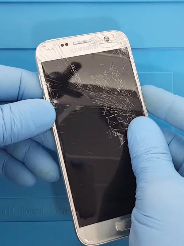 Samsung Galaxy J6 Ekran Değişimi Nasıl Yapılır