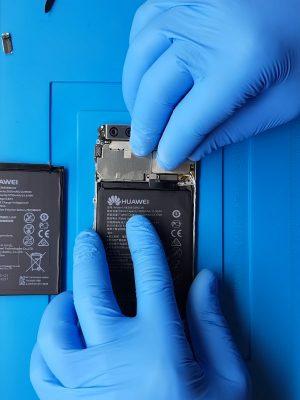 Huawei P10 Plus batarya değişimi nasıl yapılır