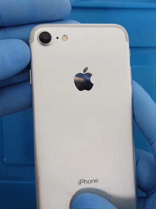 iPhone 7 arka kamera değişimi nasıl yapılır