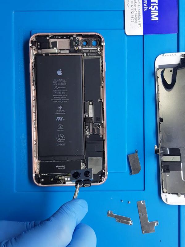 iPhone 7 Plus arka kamera değişimi nasıl yapılır