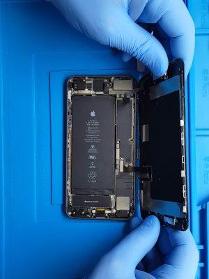iPhone 8 Plus şarj soketi değişimi nasıl yapılır