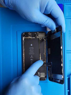 iPhone 8 şarj soketi değişimi nasıl yapılır