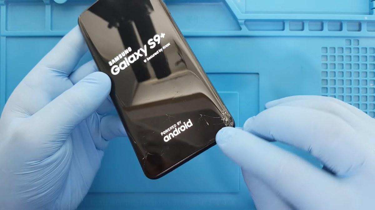 Samsung Galaxy S9 Plus Ekranı Kırıldı Ön Camı Çatladı