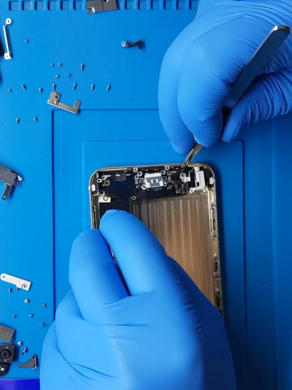 iPhone 6 Plus kulaklık soketi değişimi takılı kaldı sorunu çözümü
