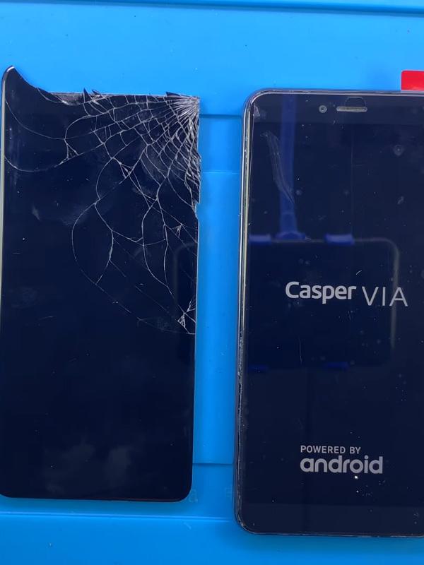 Casper Via M4 ekran değişimi öncesi ve sonrası