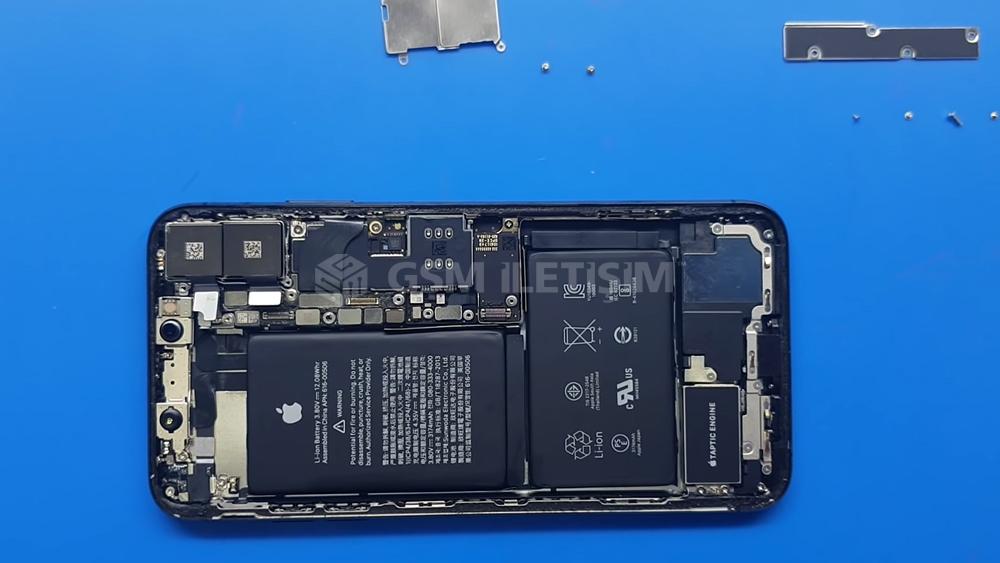 iPhone XS Max Arka Kamera Değişimi, Tamiri, Teknik Servisi